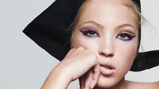 Lila Moss Hack v kosmetické kampani značky Marc Jacobs