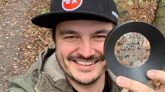 Roman Staša získal jednu z cen pro nejinspirativnější osobnosti sociálních sítích.