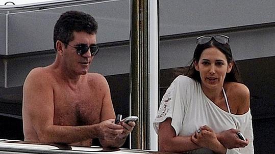 Simon Cowell se svou dnes již těhotnou partnerkou Lauren