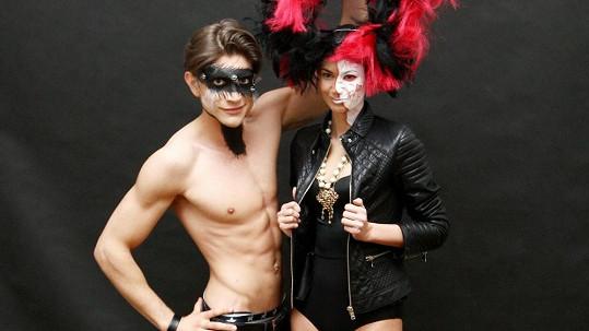 Lucie Smatanová s italským modelem Cristianem Donatim