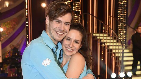 Veronika byla se svým tanečníkem v nemocnici.