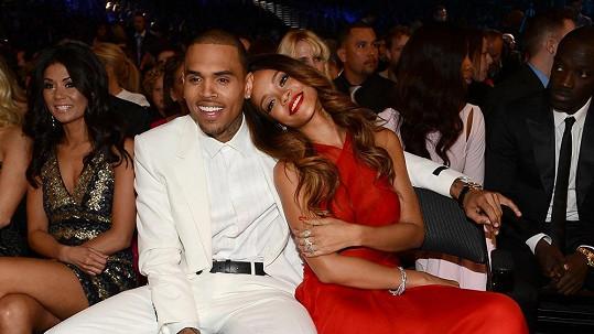 Chris Brown v době, kdy ještě randil s Rihannou.