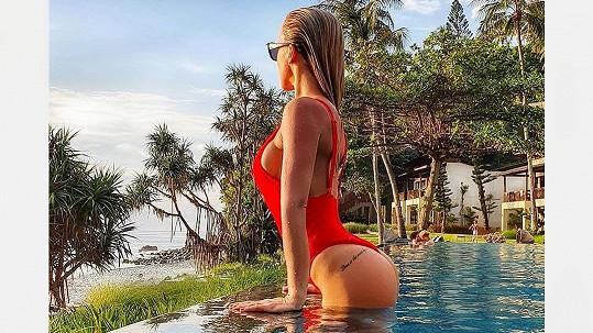 Nela Slováková poslala z Bali hodně žhavý pozdrav.