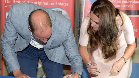 Princ William a jeho žena podpořili projekt na ronovaci katedrály.