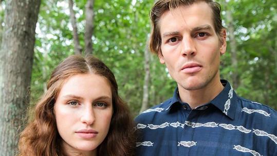 Umělkyně a modelka Tali Lennox a fotograf Ian Jones se v sobotu vydali na plavbu po řece Hudson, která zřejmě skončí tragicky.
