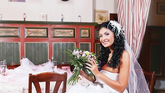 Vnadná Zugarová se chce vdávat.