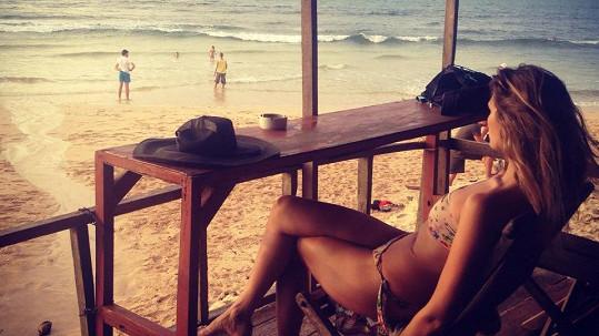 Míša si užívá slunce na Bali.