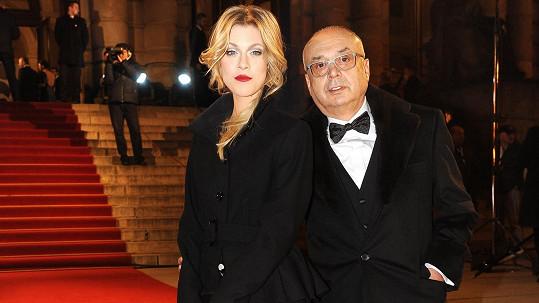 Peter Kovarčík s Kateřinou Klausovou. Měla být jeho milenkou, ale jde prý o lež.