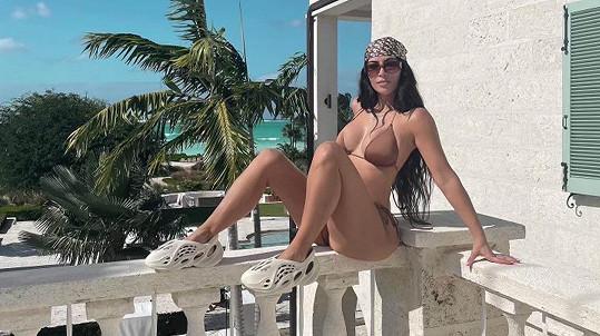 Sestry z klanu Kardashian-Jenner vyrazily společně za exotikou.