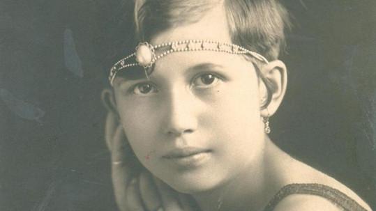 Tahle holčička zpívala jako pravá americká hvězda a zažila mnohé ústrky.