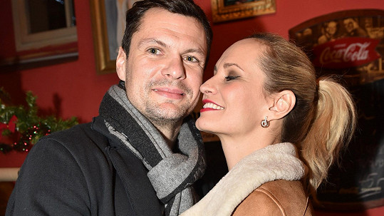 Monika Absolonová a Tomáš Horna na sebe teď mají víc času. Horna si hledá nové angažmá.