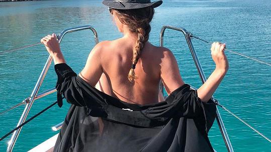 Michaela Habáňová provětrala na lodi svá kůzlátka.
