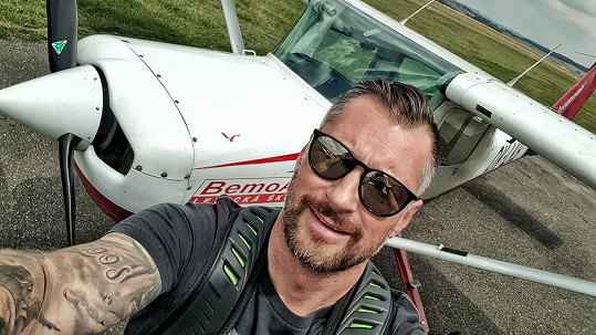 Petr Vágner vlastní pilotní průkaz.