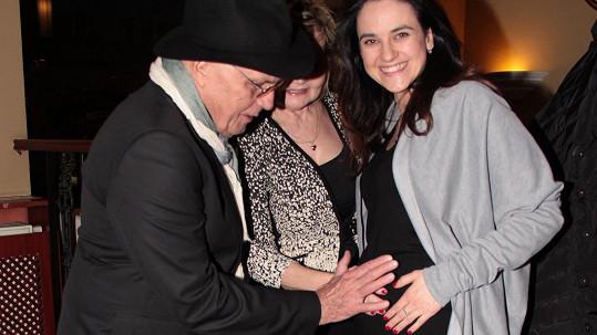 Na narozeninové oslavě Evy Hruškové a Jana Přeučila byla Libuška Vojtková další hvězdou večera.