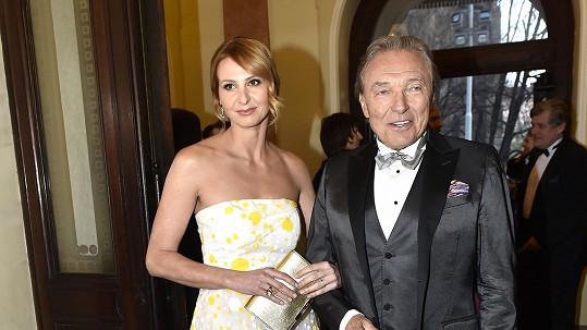 Ivana Gottová i její muž Karel se vyjádřili ke kauze odchodu Ivany z muzikálu Přízrak Londýna.