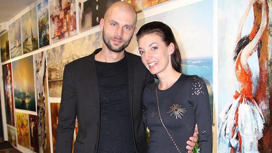 Dasha s partnerem Ondřejem vyrazili o víkendu do divadla.