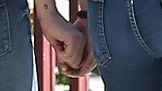 Kristen Stewart a Alicia Cargile přestaly skrývat lásku.