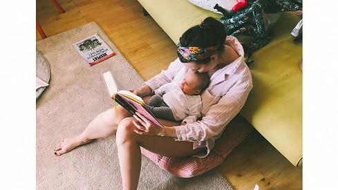 Takhle tráví čas se svou holčičkou.