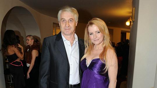 Josef Rychtář a Iveta Bartošová