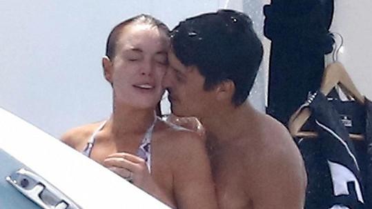 Lindsay Lohan a Egor Tarabasov na jachtě ve Francii