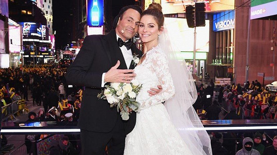 Maria Menounos se včera provdala za Kevena Undergara