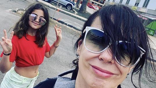 Nela Boudová s dcerou Sašenkou