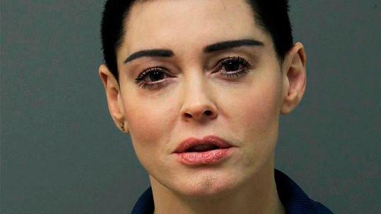 Rose McGowan na fotce z policejní databáze