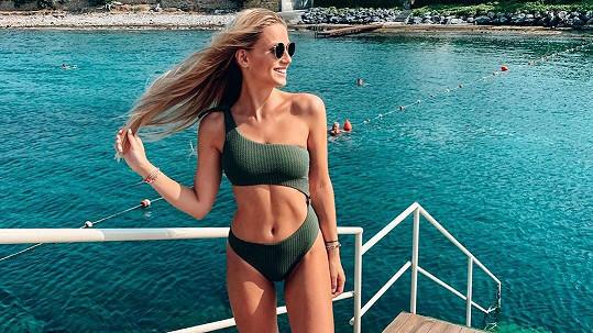 Karolína Mališová si užívá dovolenou na Kypru.