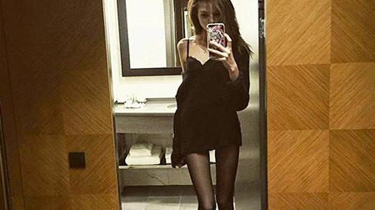 Dcera tenisky Jevgenije Kafelnikova prý váží 47 kilogramů, což je normální váha pro modelky.
