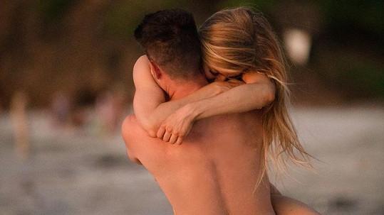 Crystal Hefner našla tři roky po smrti manžela novou lásku.