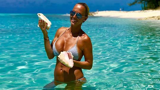 Zuzana Belohorcová chytá bronz na Bahamách.