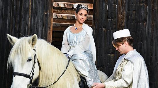 Eva Burešová a Marek Lambora jako Popelka a princ
