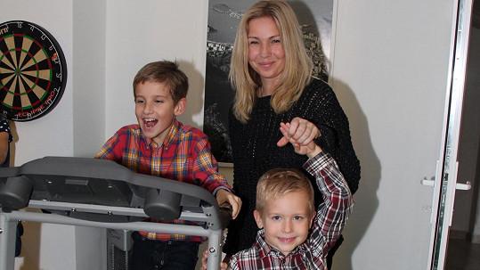Nicol Lenertová s milovanými syny