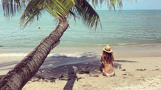 Kateřina Sokolová si užívá relax u moře v Thajsku.