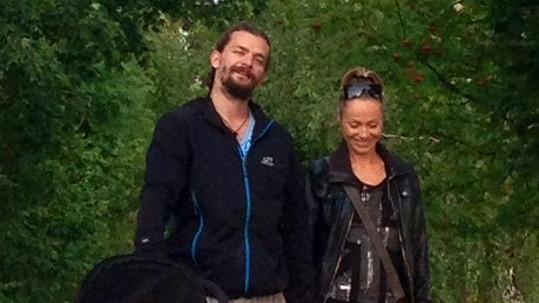 Pavla Vitázková s manželem Dušanem, dcerou a obřím psem