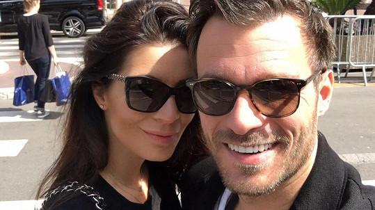 Leoš Mareš je s přítelkyní Monikou v Cannes