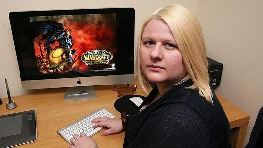 Susie Hamptonová trávila na počítači hraním i 18 hodin denně.