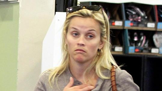 Nenalíčená Reese Witherspoon byla k nepoznání.