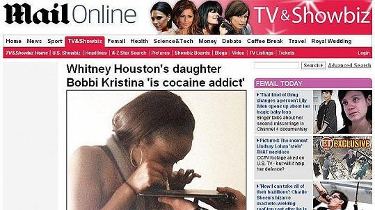 Bobbi Kristina Brownová byla zachycena, jak na party šňupe kokain.