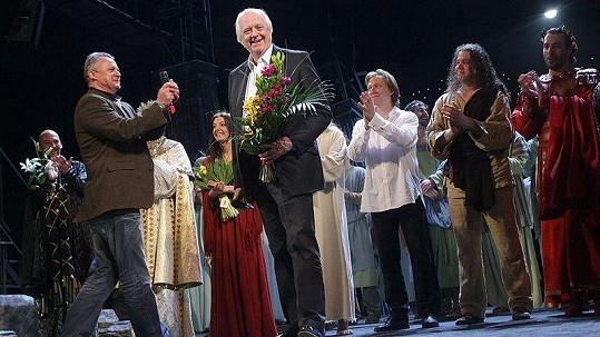 Tim Rice v Praze shlédl představení Jesus Christ SuperStar