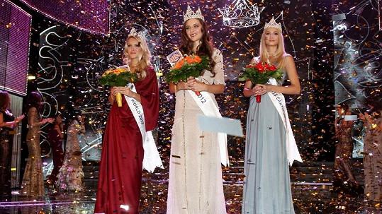 Trojice vítězek soutěže Česká Miss pro rok 2012.