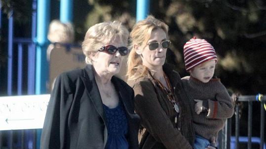 Julia Roberts s maminkou Betty Lou a synem Henrym
