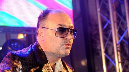 Michal David z piety zrušil sve koncerty.