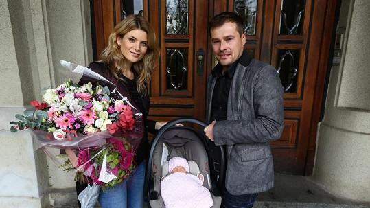 Iveta Vítová s manželem a dcerou Anetkou