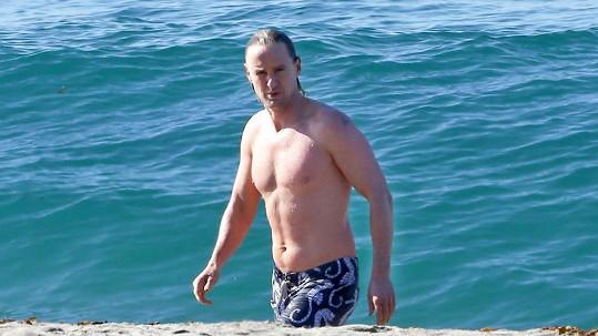 Owen Wilson v Malibu