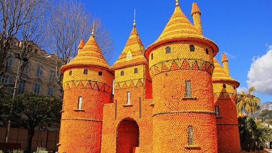 Tento hrad je jako vystřižený z pohádky O citrusovém králi.