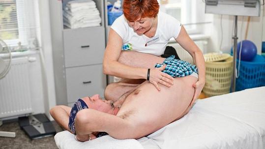 Jakub Ludvík skončil v trenkách u fyzioterapeutky.