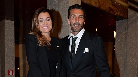 Alena Šeredová a Gigi Buffon prochází nelehkým obdobím.