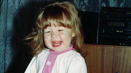 Půvabná herečka z Počátků byla vysmáté dítko.