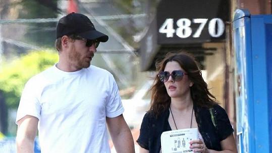 Drew Barrymore s manželem v Kalifornii.